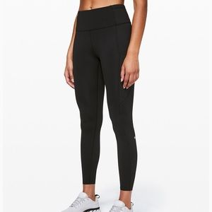 """Lululemon Fast and Free Tight II 25"""" size 6"""